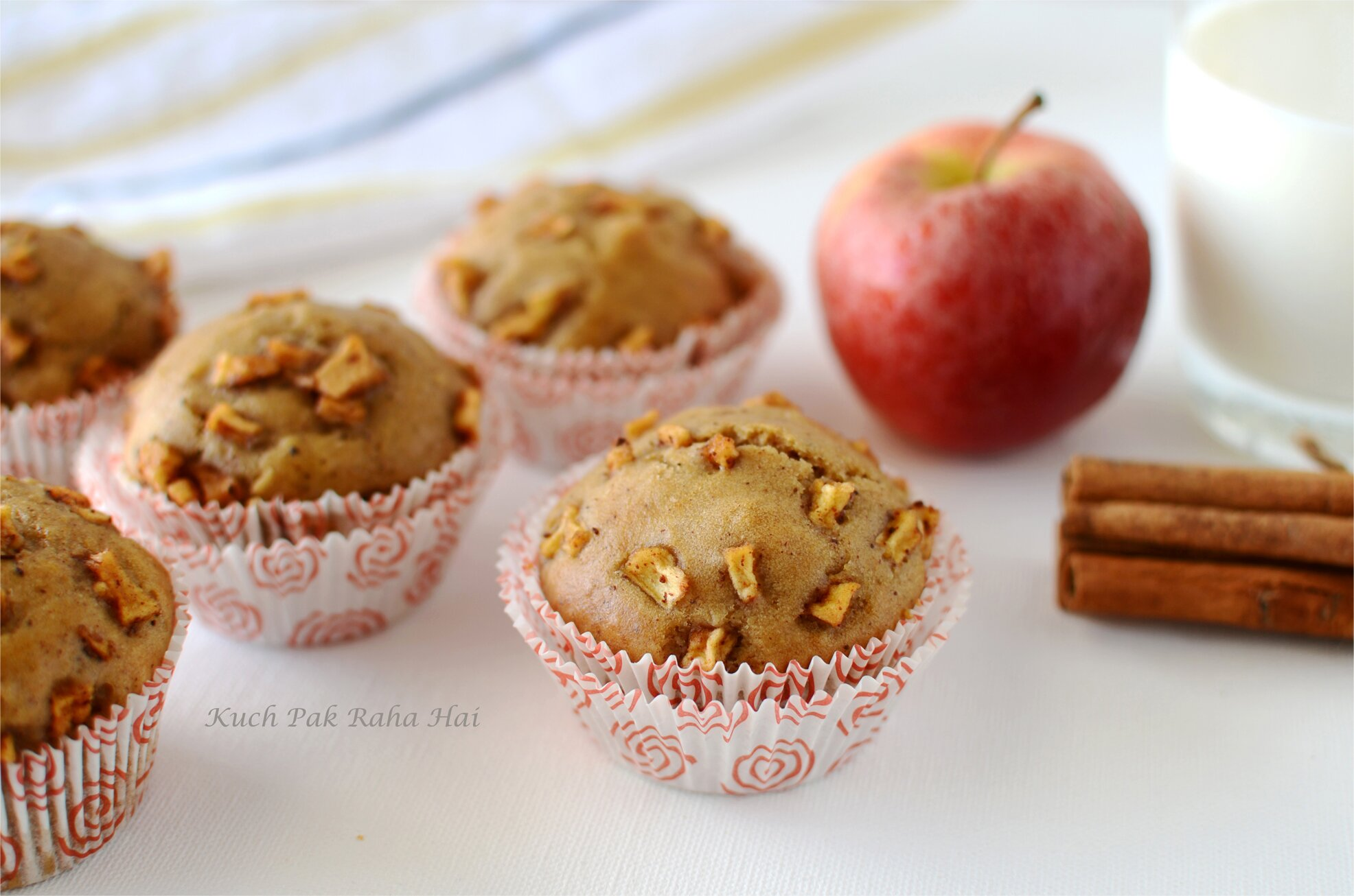 Eggless Apple Muffins with Whole Wheat Vegan Muffins