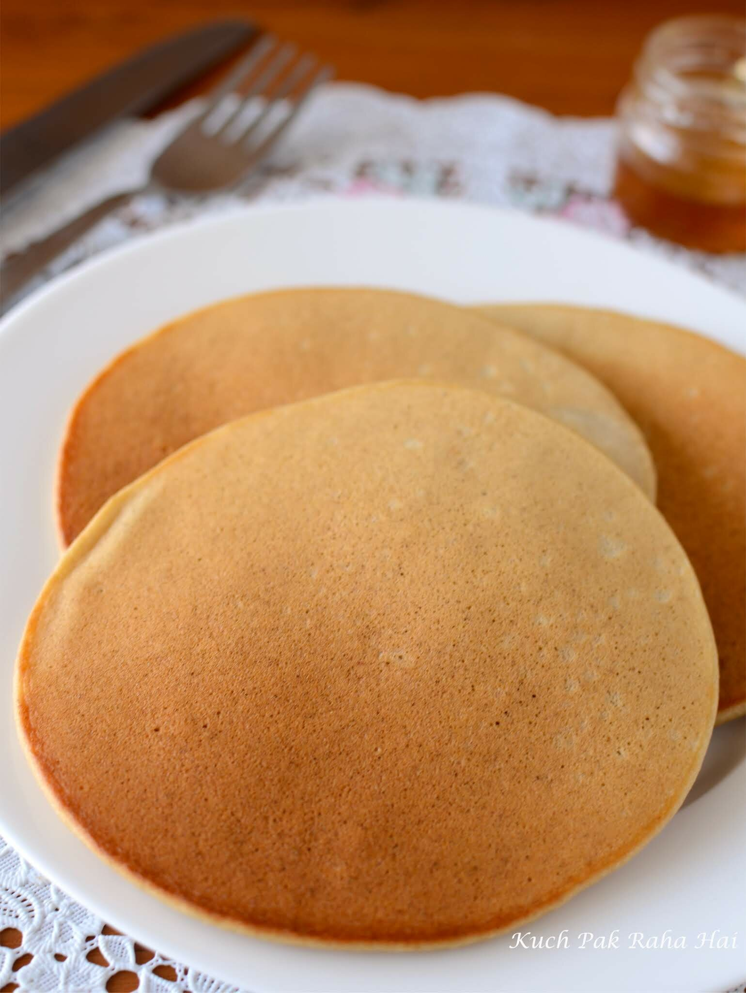 How to make banana pancakes without eggs