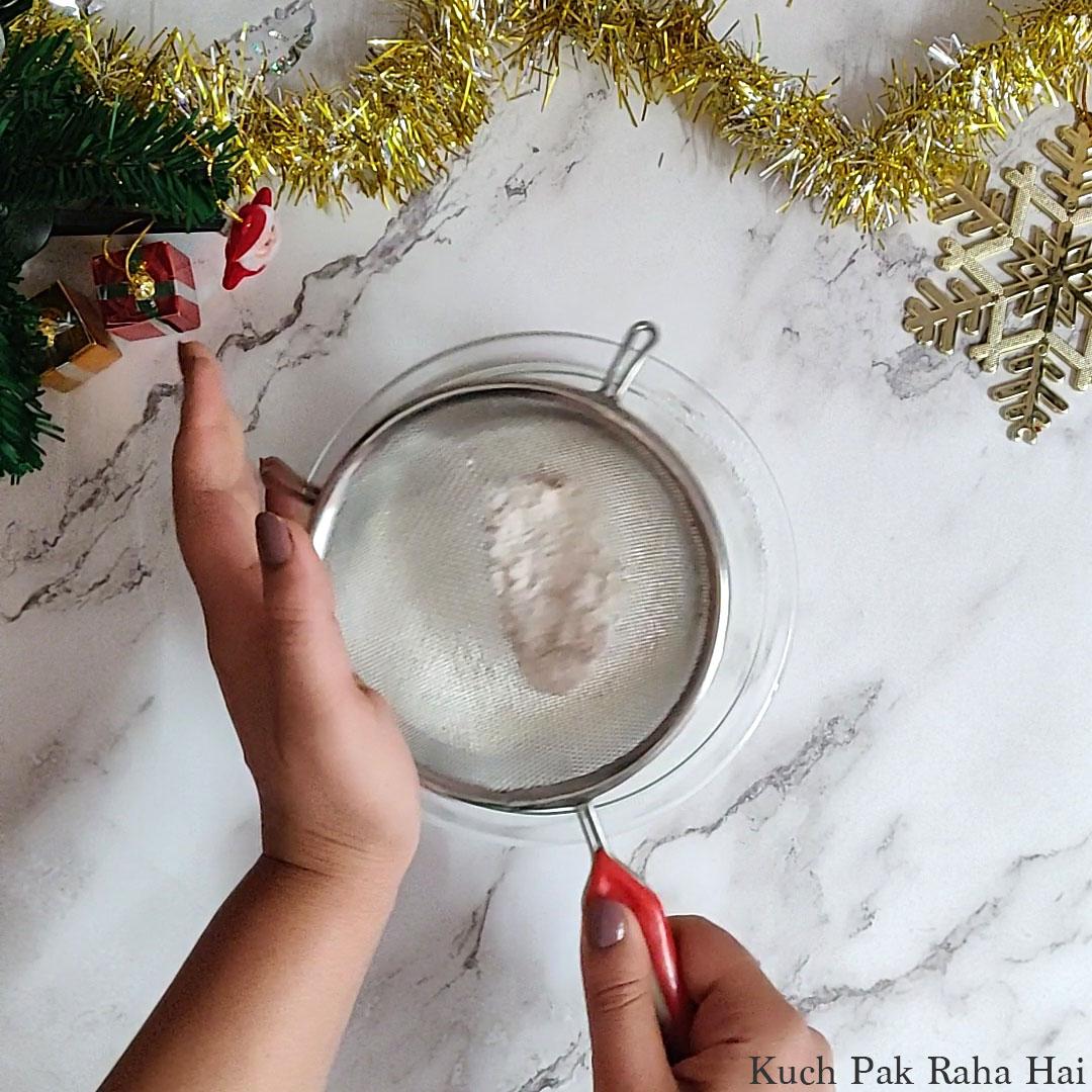 Eggless-Christmas-Cake-Step3