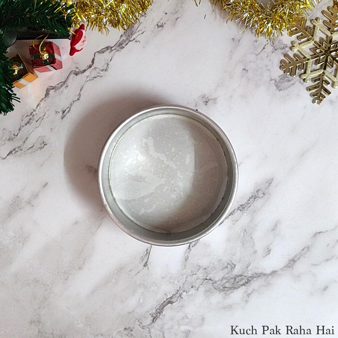 Eggless-Christmas-Cake-Step4