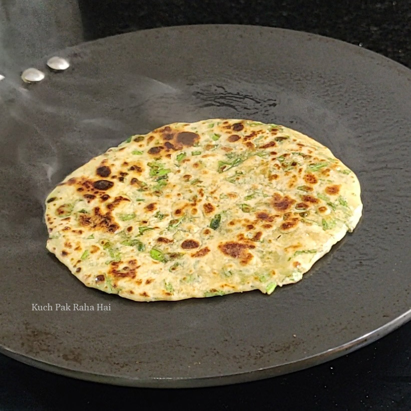 Methi Palak Paratha Step6