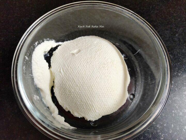 Hung Curd or yoghurt for sandwich