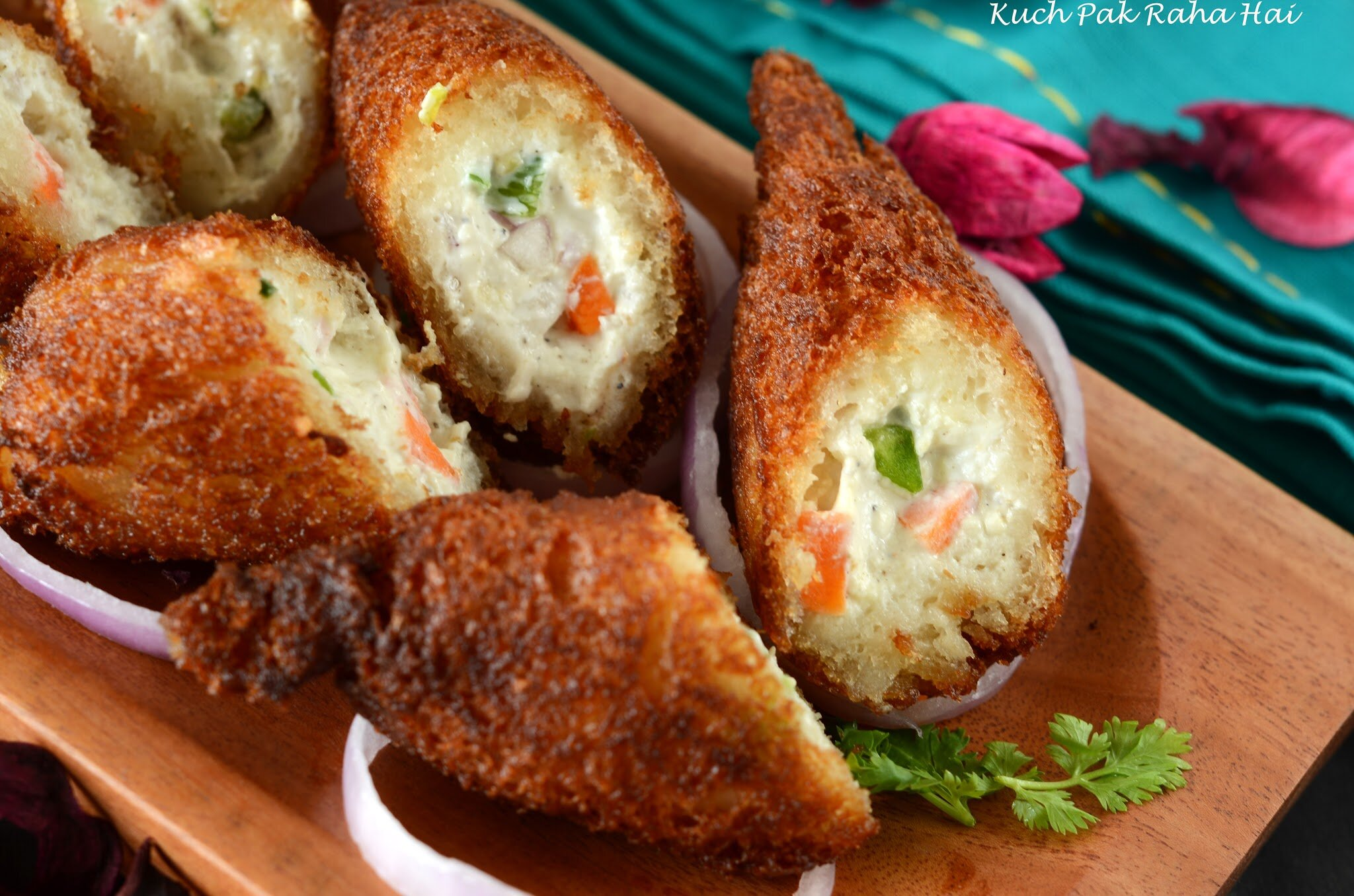 Dahi Ke Sholay Recipe (Bread Pockets stuffed with yoghurt)