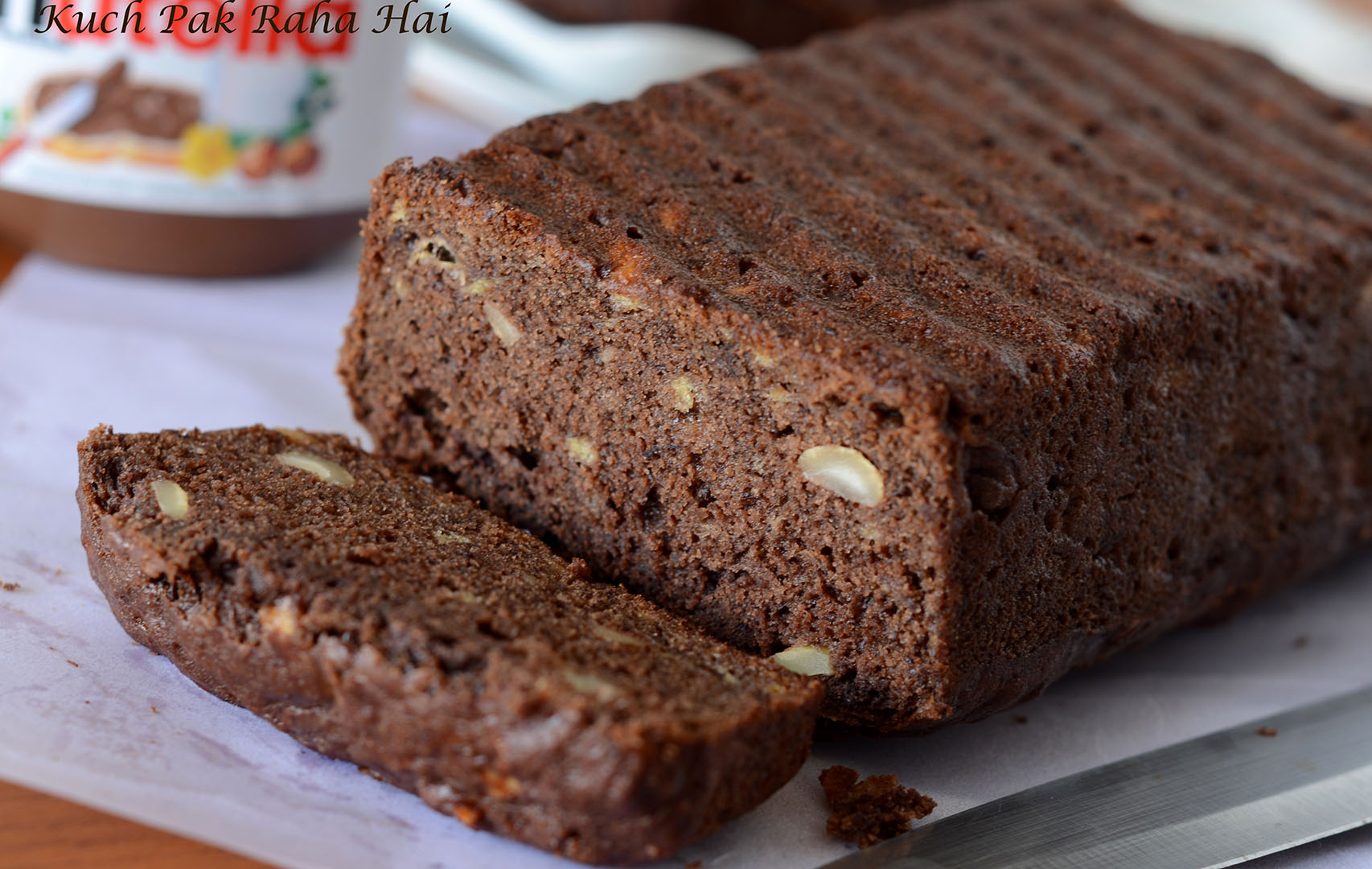 Eggless Vegan Banana Bread in Chocolate Flavour made with whole wheat flour