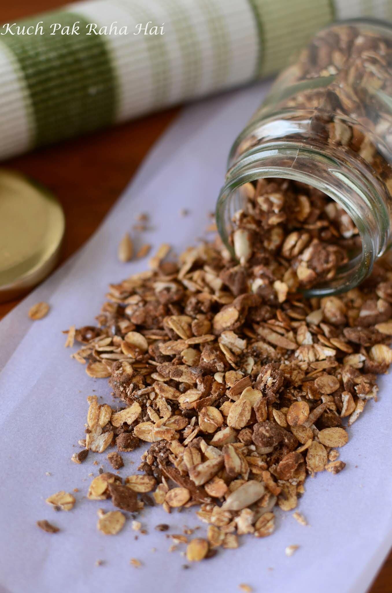 Easy Homemade Healthy Granola Recipe