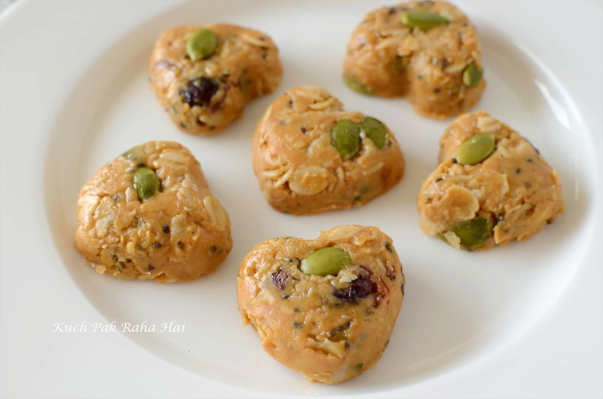 No Bake Oats Peanut Butter Energy Bites Healthy Snack recipe with Oats