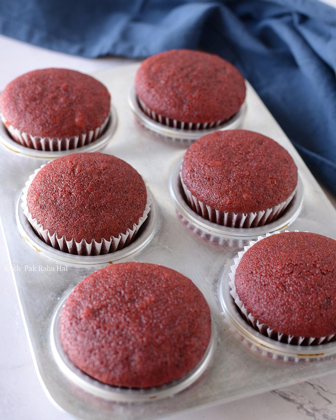 Best Eggless Red Velvet Cupcakes Recipe