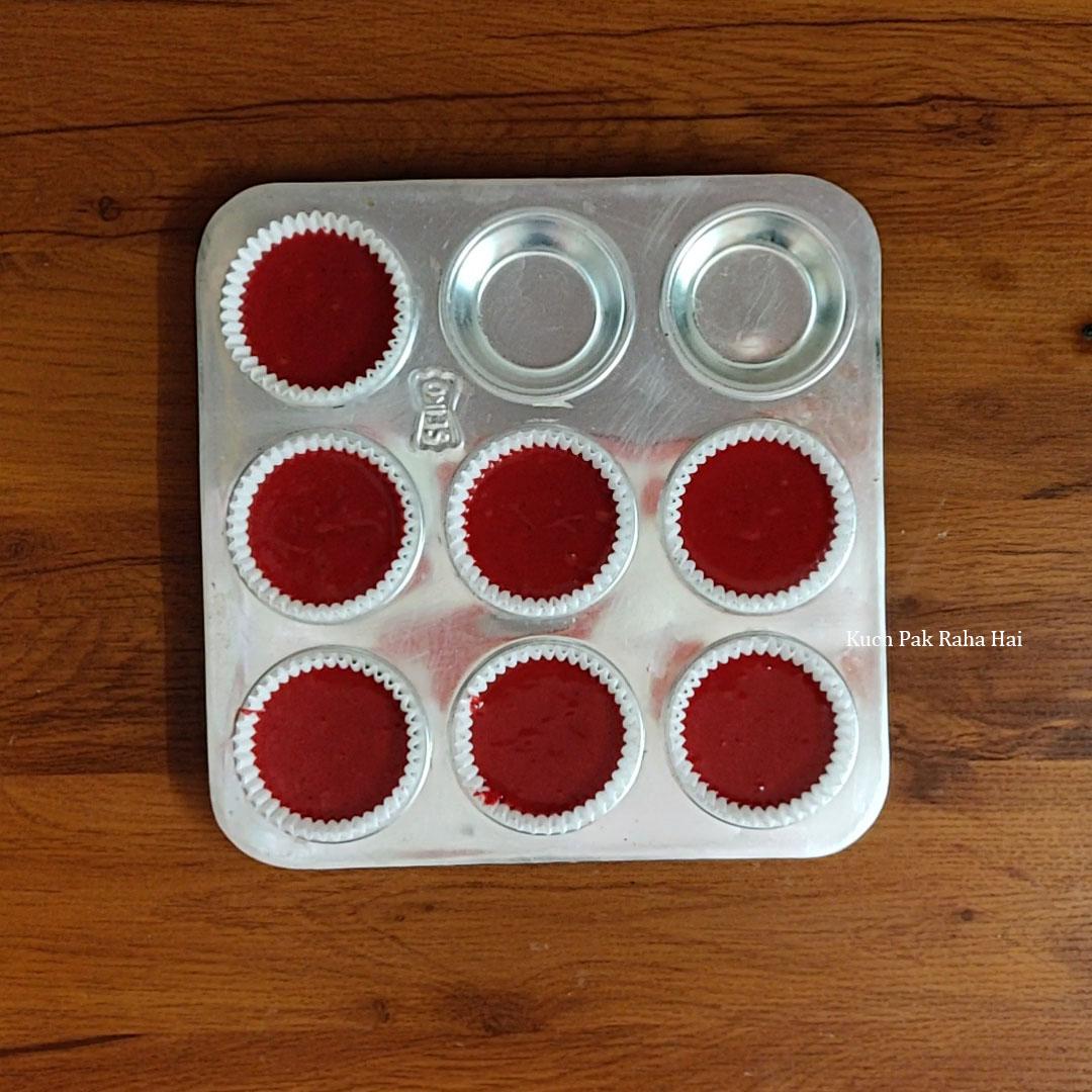 Eggless-Red-Velvet-Cupcakes-Step6