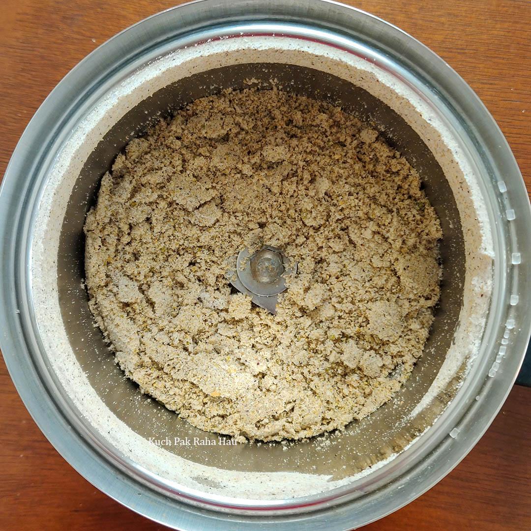 Thandai Powder Recipe Step2