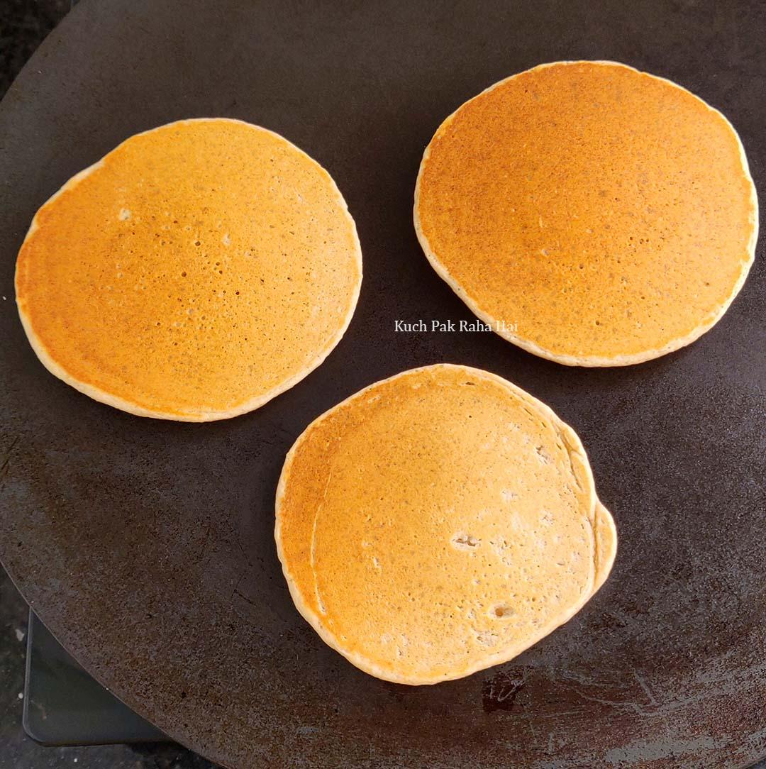 Eggless-Oats-Pancakes-Step7