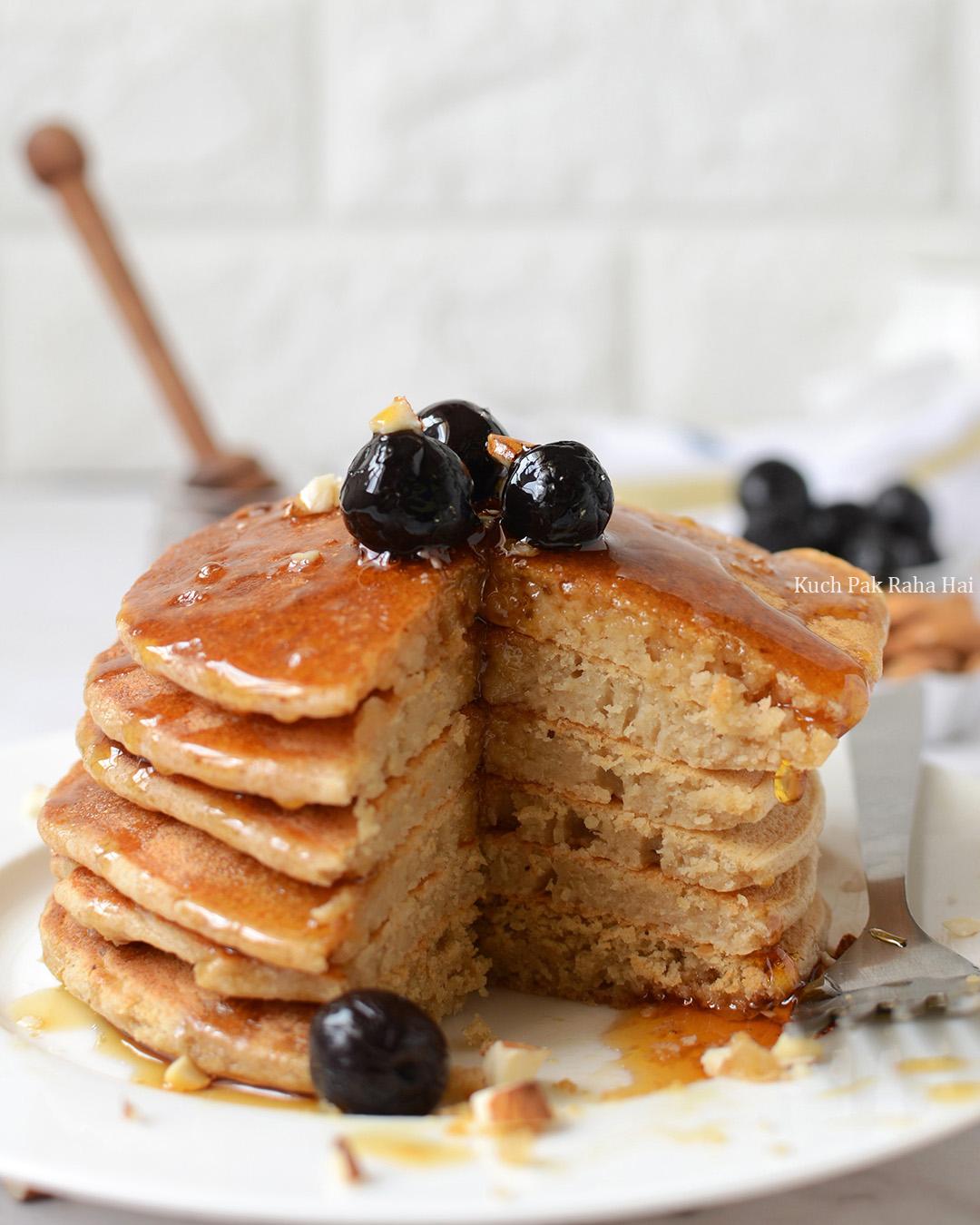 Oats Pancakes eggless recipe