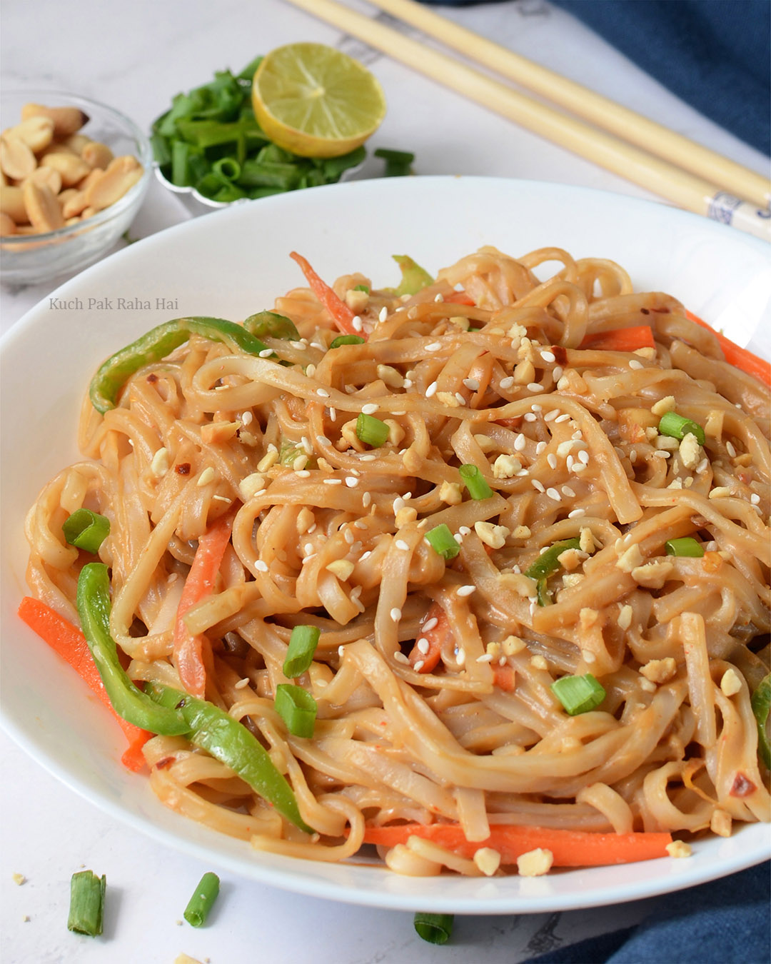 Thai spicy asian style peanut noodles