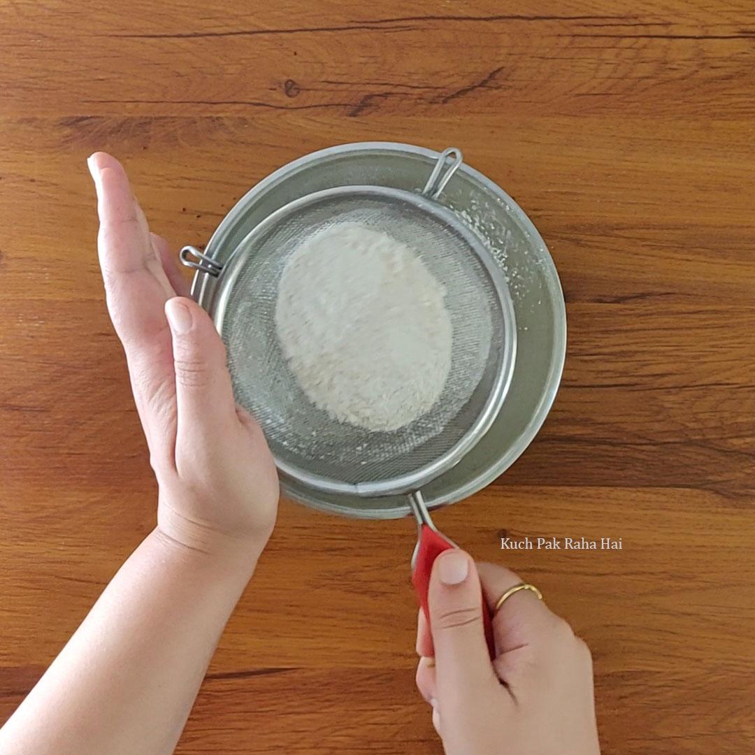 Eggless-Marble-Cake-step1